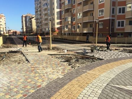 монтаж-тротуарной-плитки